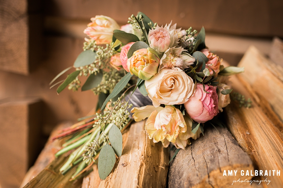 peach and pink wedding bouquet