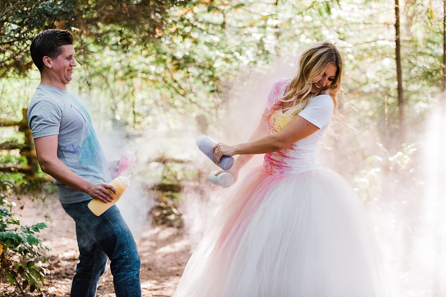 holi powder engagement photos at manchester state park
